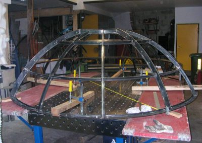 Stahlkuppeln in Decke